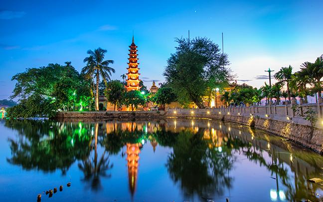 Tran Quoc Pagoda in Hanoi. Photo: thespiritbusiness