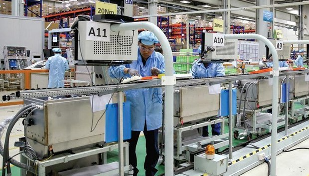 The Vietnamese Government has been exerting utmost efforts to effectively fight the pandemic and maintain important supply chains. Photo: VNS