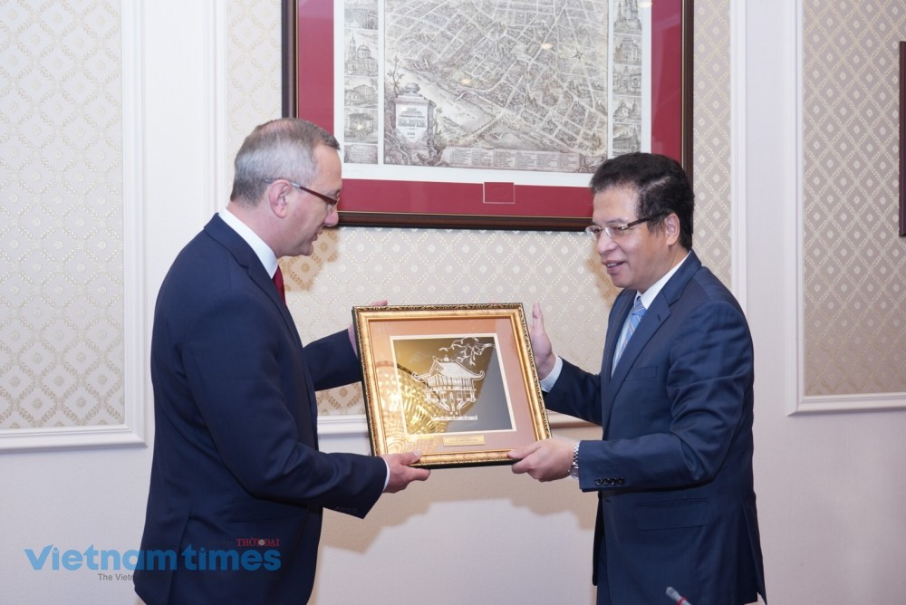 Strengthening Cooperation Between Vietnam and Kaluga, Russia