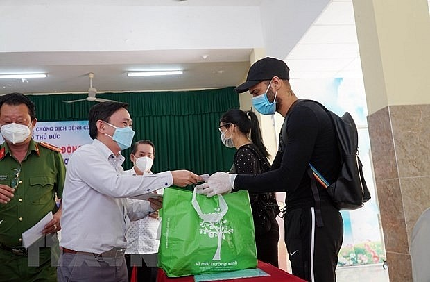 Foreigners Appreciate Vietnam's Support Amid Covid-19
