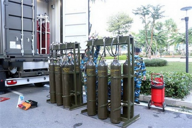 Vietnam News Today (August 25): Military Forces Set Up Mobile Oxygen Production Stations in HCMC