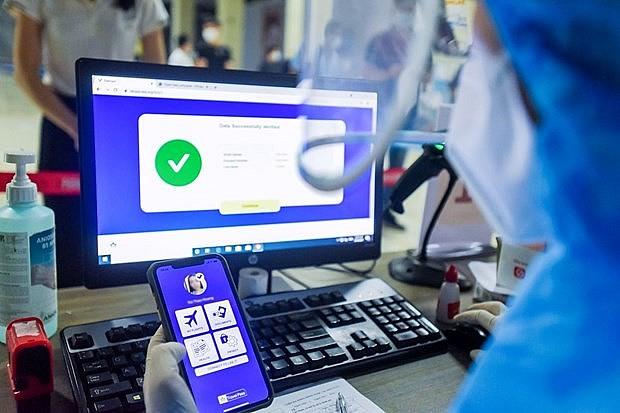 'Digital Health Passport' May Revive Vietnam's Stalled Aviation Industry