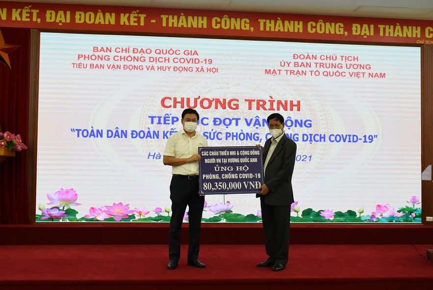 Overseas Vietnamese Continue to Support Fight Against Covid-19