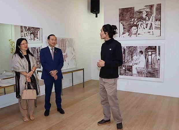Vietnamese-Belgian Painter Portrays Homeland Through Algorithmic Paintings