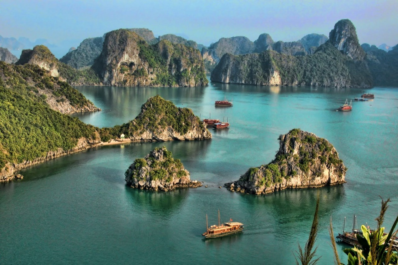 Vietnam News Today (October 15): Localities Ready to Welcome Back Tourists in the New Normal