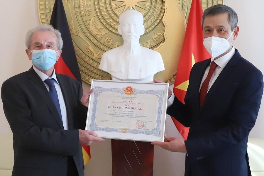 Vietnam-Germany Relations Grow Stronger