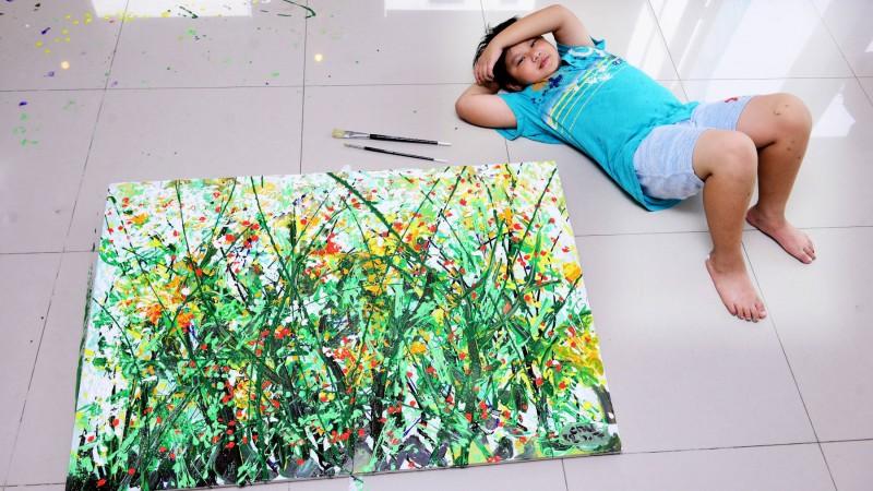 vietnamese 12 year old artist sells art for us 150000