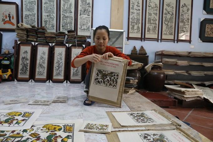 rats weddings galore as vietnamese woodcut artist prepares for tet