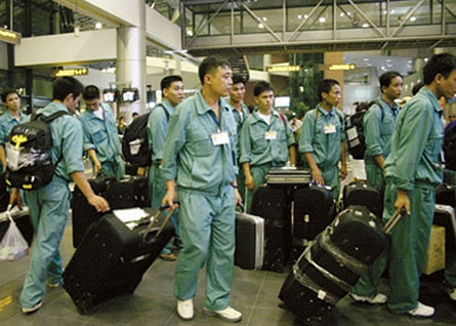 RoK offers visa extension for stranded Vietnamese workers