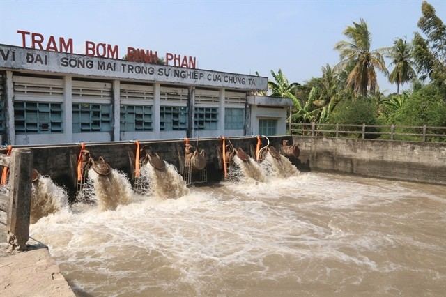 mekong delta takes measures to reduce saltwater intrusion