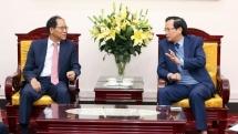 vietnam rok to boost ties in vocational education