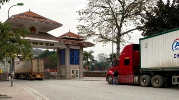 Border gate reopened for transport of Vietnamese exports to China
