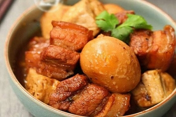 recipe thit kho tau caramelized pork and eggs for lunar new year