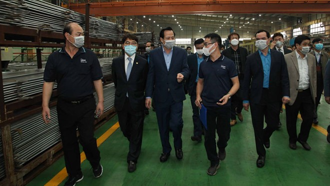 over 27000 south koreans are working in vietnam