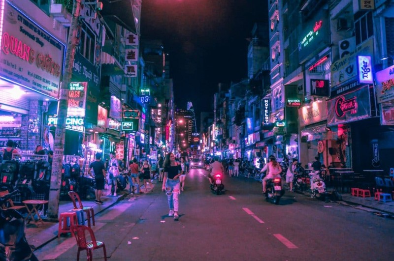 covid 19 its less anxious in vietnam than europe or the us an expat shared