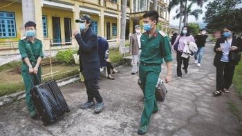 'My paradise', overseas Vietnamese return home amid COVID-19