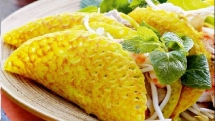 how to make banh xeo crispy vietnamese crepes
