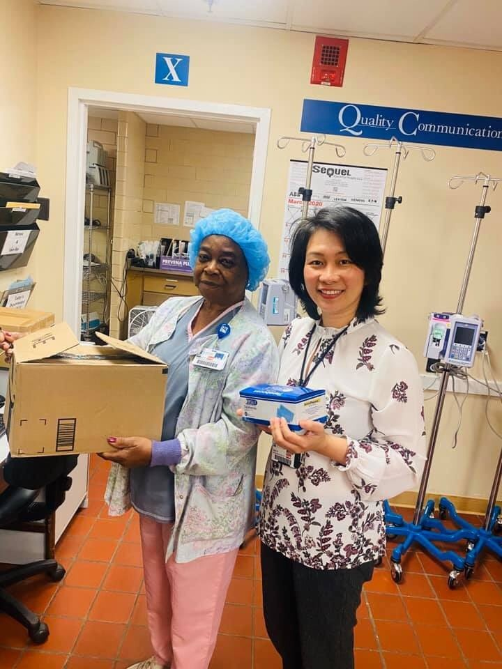 vietnamese community in us collects gloves face masks for local hospital