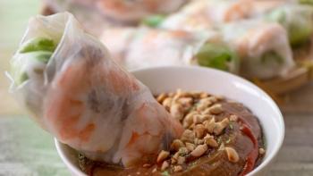 recipe vietnamese salad rolls with peanut dipping sauce goi cuon