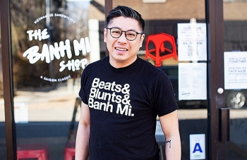 vietnamese american man dazzles diners with thoughtful vietnamese banh mi