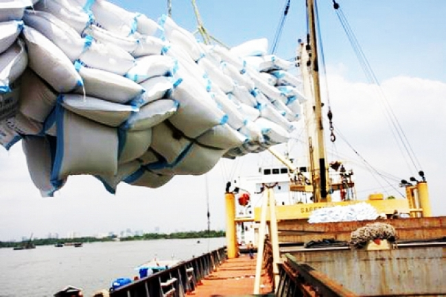 Bangladesh to import 50,000 tons of rice from Vietnam