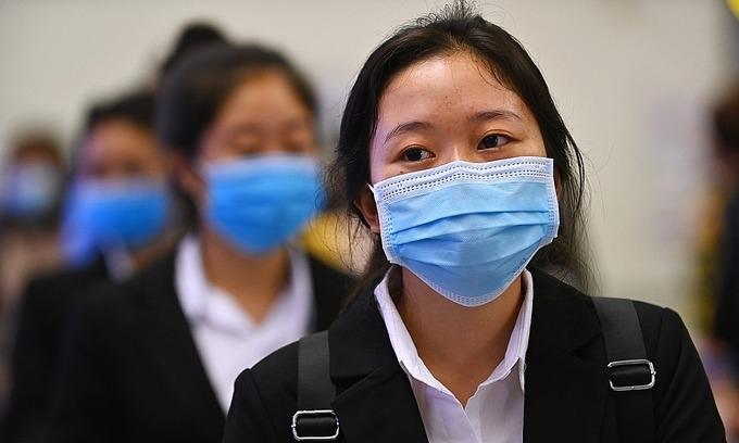 Japan holds work visa exam in Vietnam