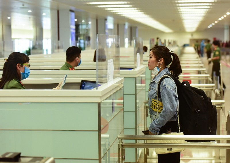 vietnam suspends international flights to the country starting april 1