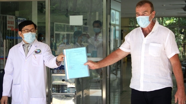 british covid 19 patient thanks vietnam for being successfully treated