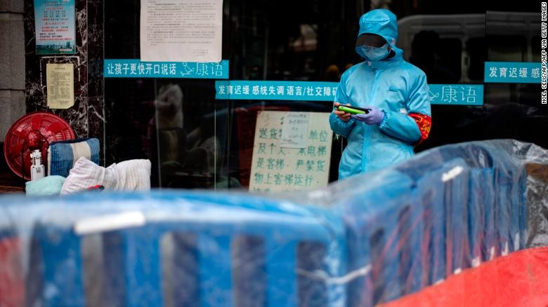 world news today trump threatens to cut who funding amid coronavirus outbreak china lifts lockdown on wuhan