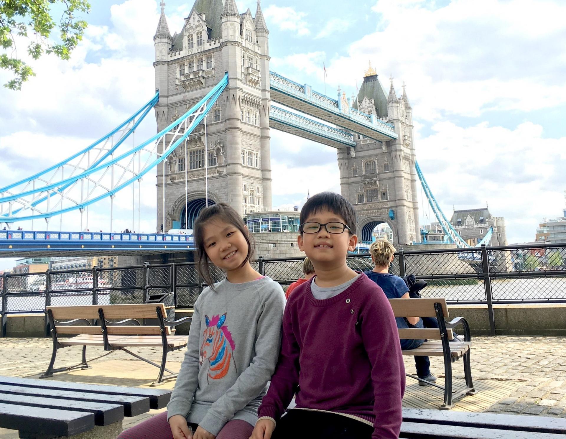 british ambassador thanks two vietnamese children for donating masks to uk