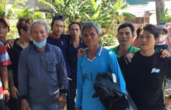 filipino daughter thanks vietnamese fishermen for saving dad who lost at sea for 17 days