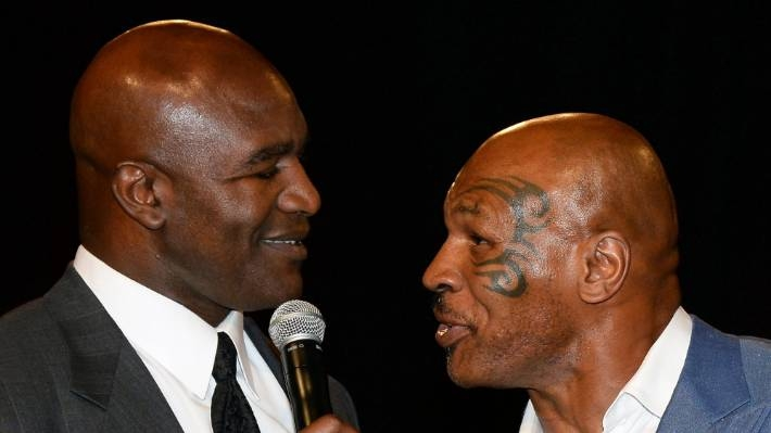 mike tyson says hes back shows off devasting speed and strength in new training video