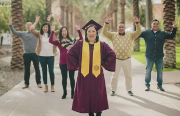 mother vietnamese american graduates from university at 52