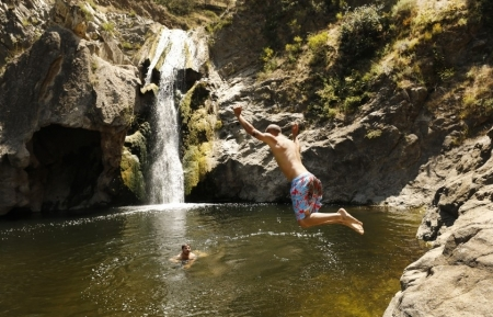 Paradise Falls in Thousand Oaks to close indefinitely due to crowds, trash