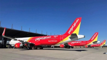 Foreign investors permitted to hold 34 percent stake at Vietnamese airlines