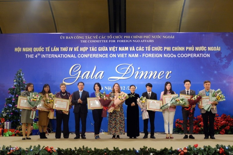 29 foreign ngos honored for their significant contributions to vietnams development