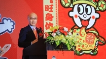 taiwanese king of rice crackers enters vietnam market