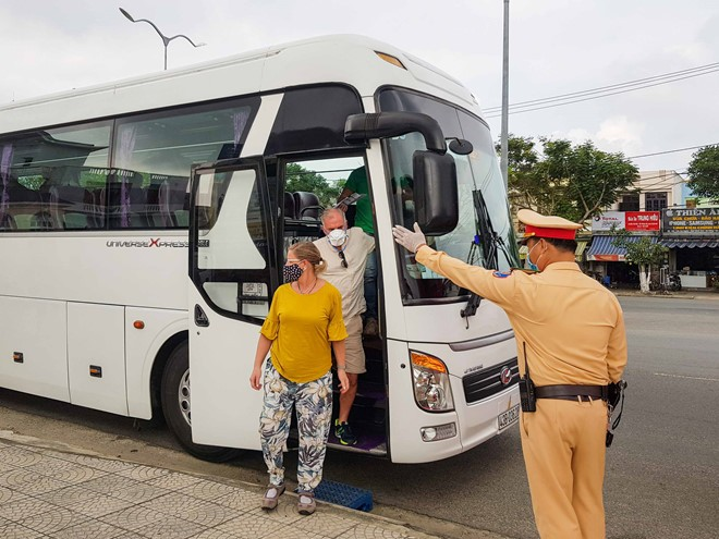da nang sets up 7 covid 19 checkpoints