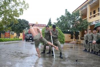 Vietnamese Commandos in training