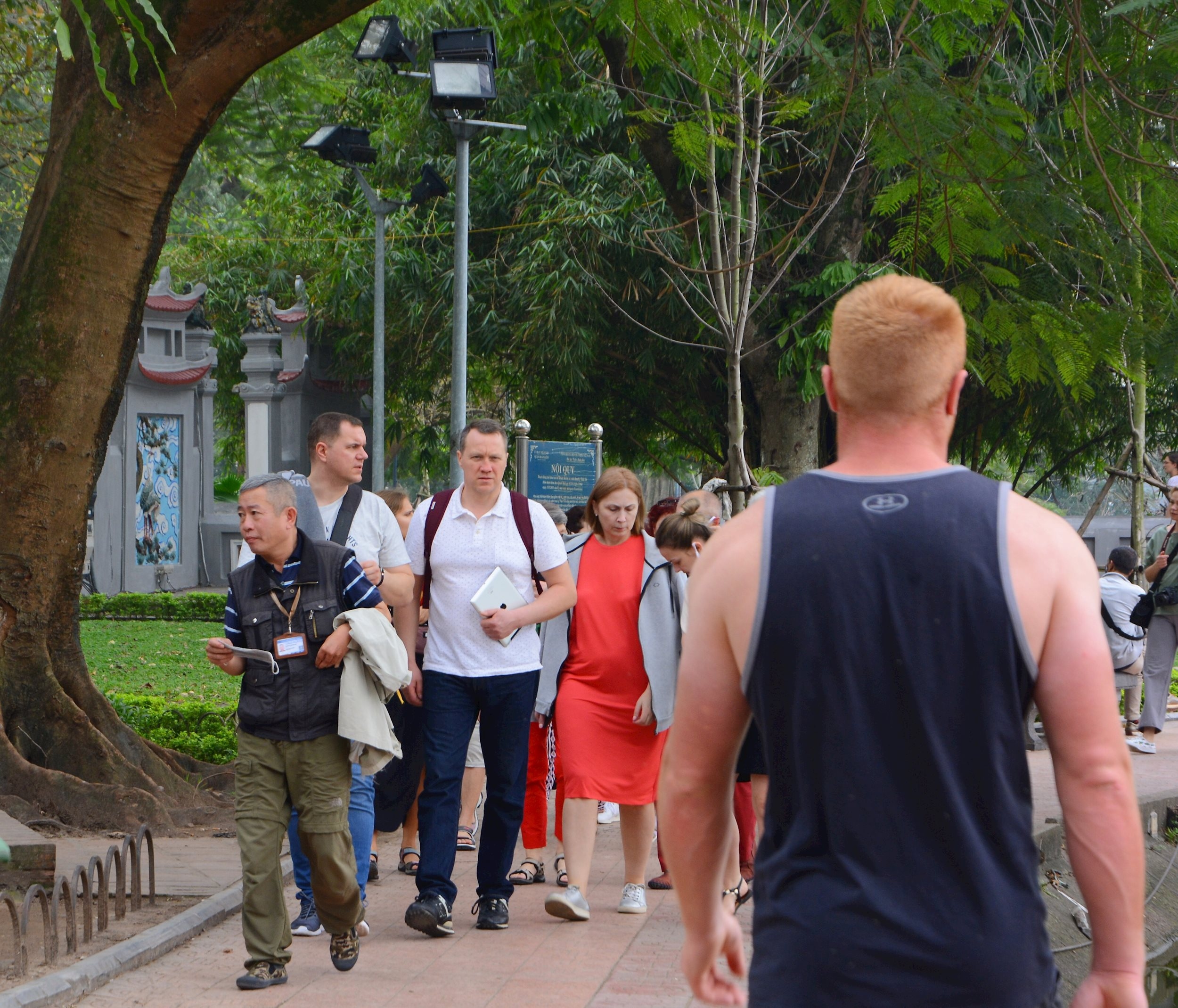 Discrimination against foreign tourists would be punished