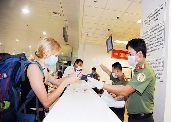 Vietnam to halt entry to all foreigners since March 22 due to COVID