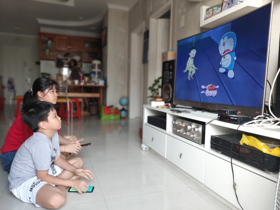 quarantine and lockdown in vietnam online entertainment flourishes