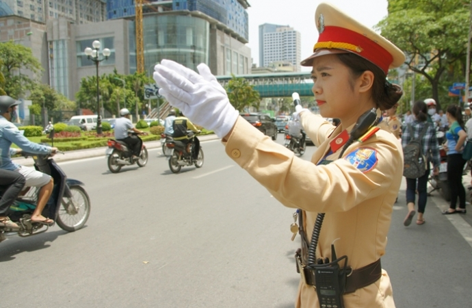 hotlines on traffic safety during holidays announced