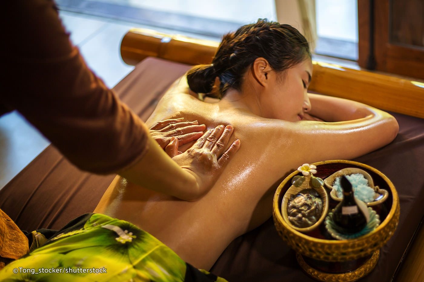 vietnamese banned from doing massage abroad