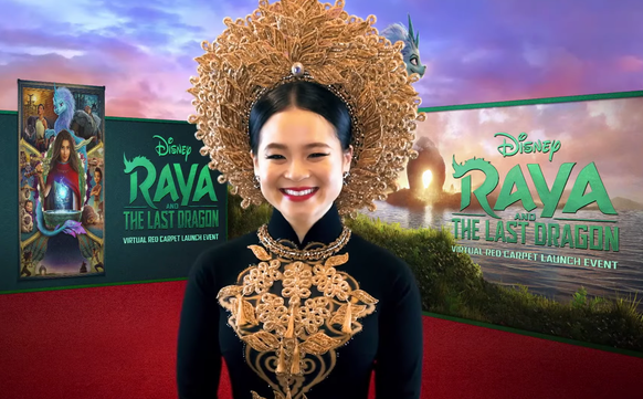 Vietnamese born Hollywood actress wears iconic Ao Dai walking red carpet at film premier in the US
