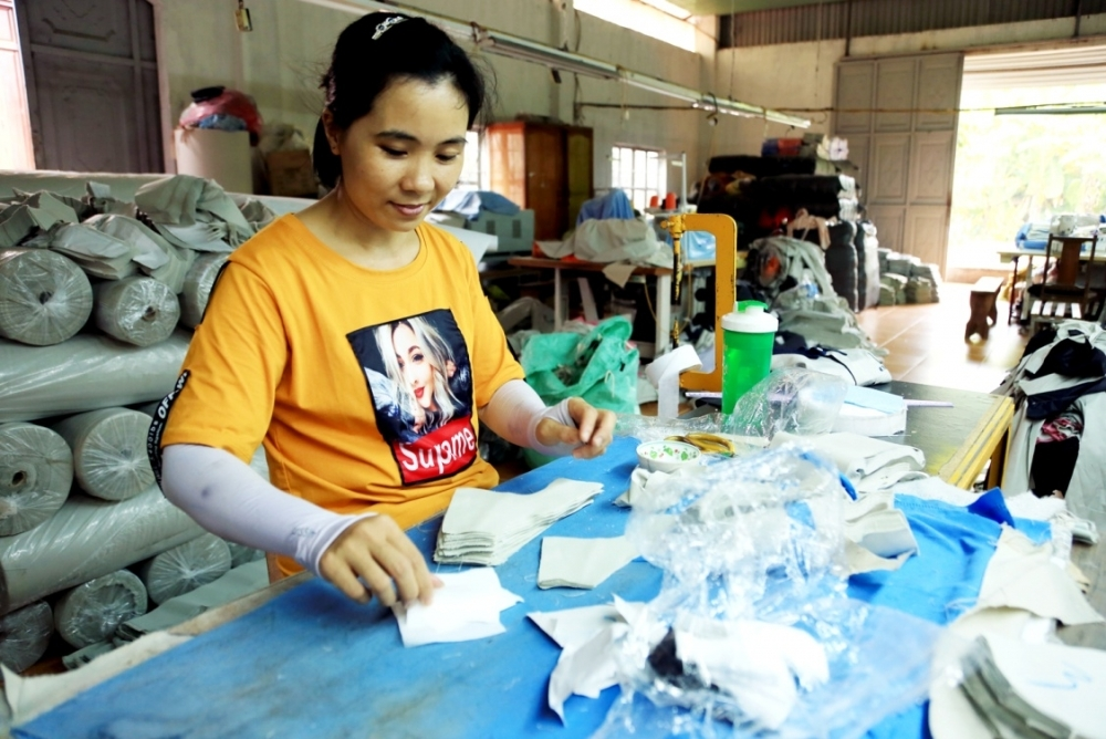 over 1000 women entrepreneurs in viet nam to be supported by mastercard and care