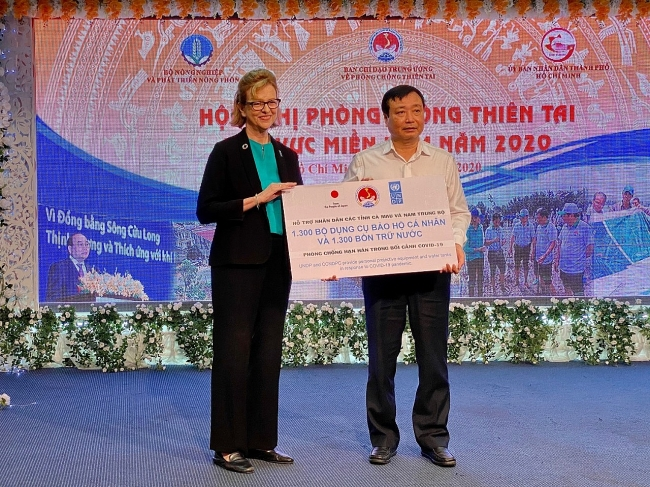 Southern Region of Vietnam: Poor household to receive support from Japan and UNDP for prevention of COVID-19