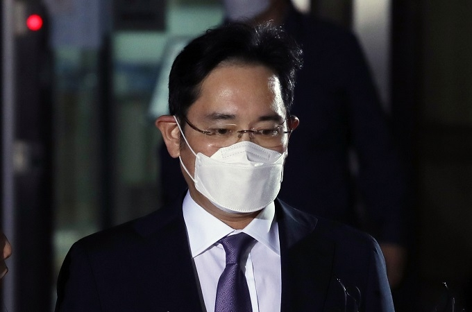 s korea independent committee advises prosecution not to indict samsung heir in succession case