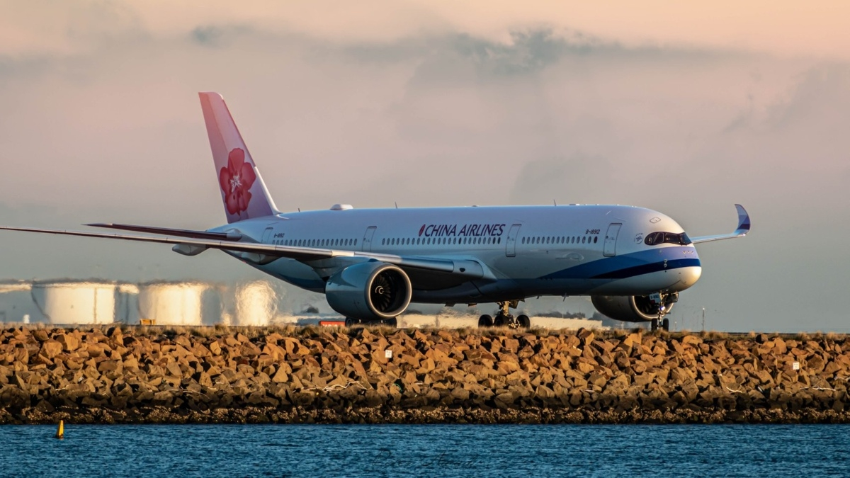 taiwans china airlines to get renamed