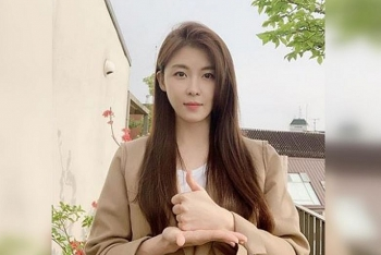 south korean actress ha ji won reveals the secret to her never changing looks